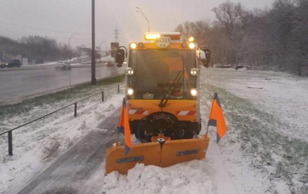 Сніг у Києві прибиратимуть майже шість тисяч людей