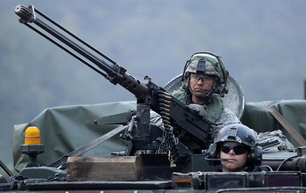 США за год экспортировали оружия на $42 млрд