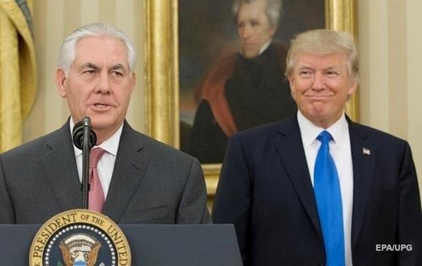 """""""Фейковые новости"""": Трамп опроверг отставку Тиллерсона"""