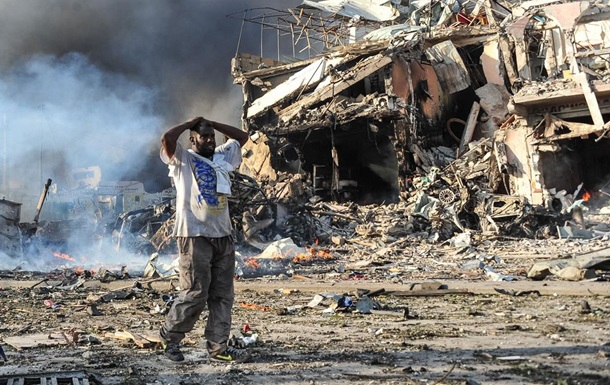 Теракт в Сомали: число жертв превысило 512