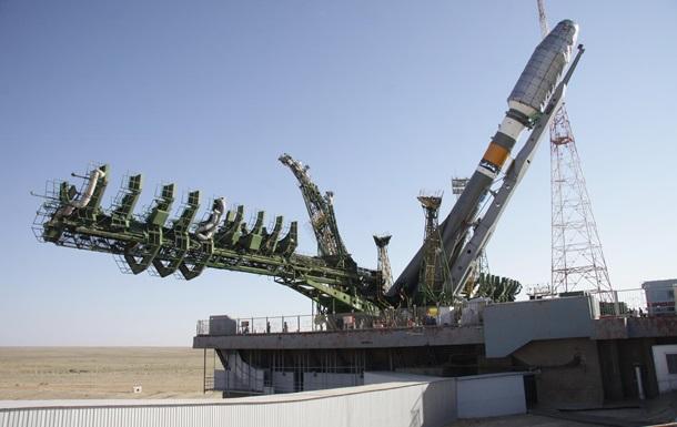Росія запустила ракету Союз з військовим супутником