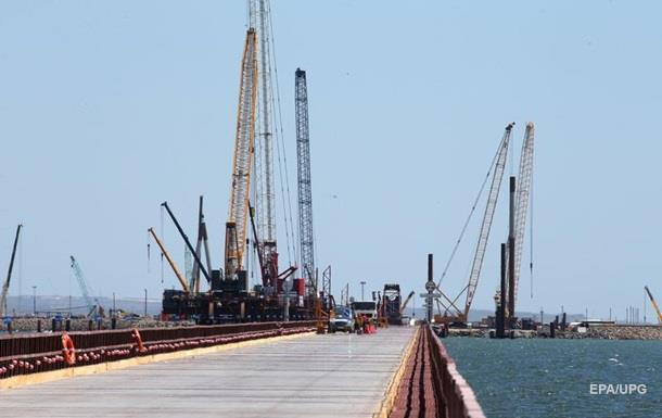 Возведены опоры автодорожной части Керченского моста