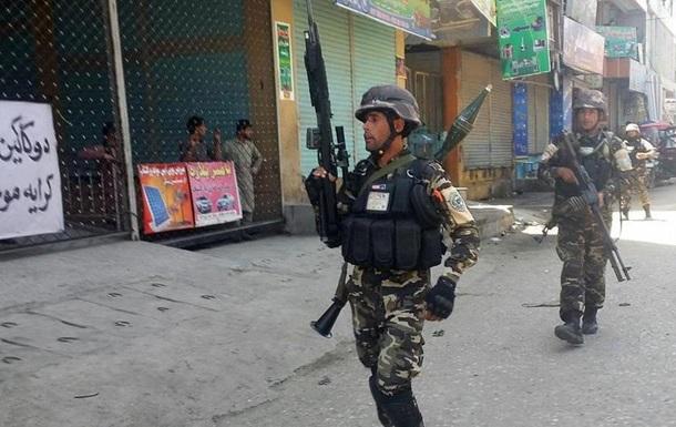 Напад смертника в Афганістані: шестеро цивільних загинуло