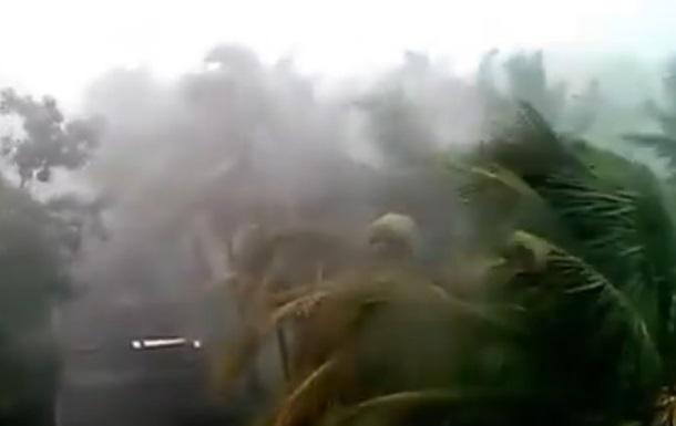 В Индии из-за циклона погибли 20 человек