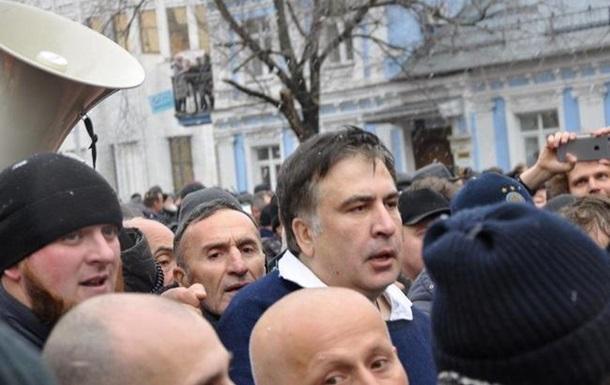 Луценко: СБУ должна была открыть огонь напоражение вовремя задержания Саакашвили