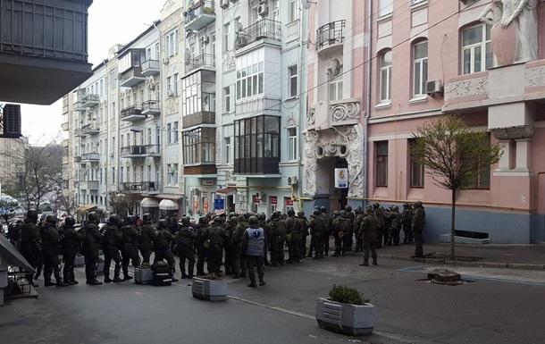Полиция отпустила всех активистов Саакашвили