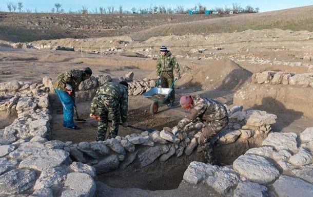Археологи знайшли у Криму масове поховання
