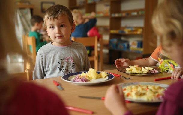 В Украине очередь в детские сады растянулась до 52 000 детей