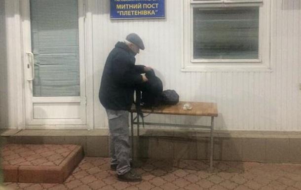 У Запорізькій області архітектор напав з ножем на співробітників СБУ