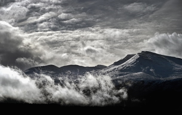В Карпатах на выходные объявили лавинную опасность