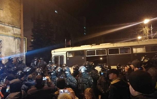 Сторонникам Саакашвили не дали поставить палатку