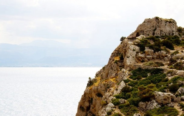 Мужчина погиб в Греции, упав с горы Олимп