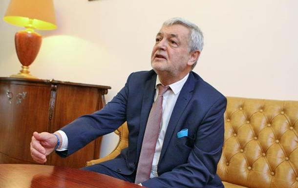 Киев первым начал историю с  черными списками  − посол Польши