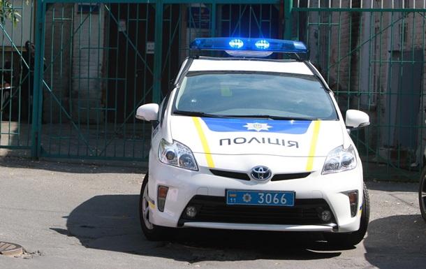 На Львівщині поліцейські намагалися зупинити водія, який заснув за кермом