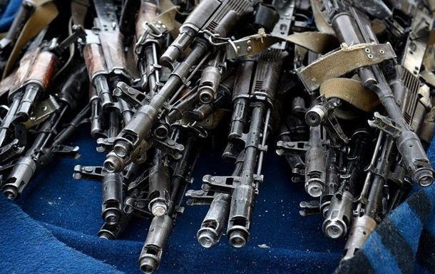 У парламенті Канади рекомендують надати Україні летальну зброю