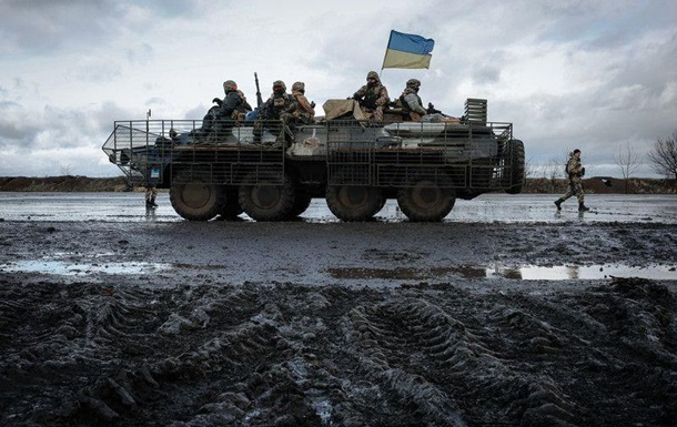 Штаб: Сепаратисти 24 рази обстрілювали українські позиції