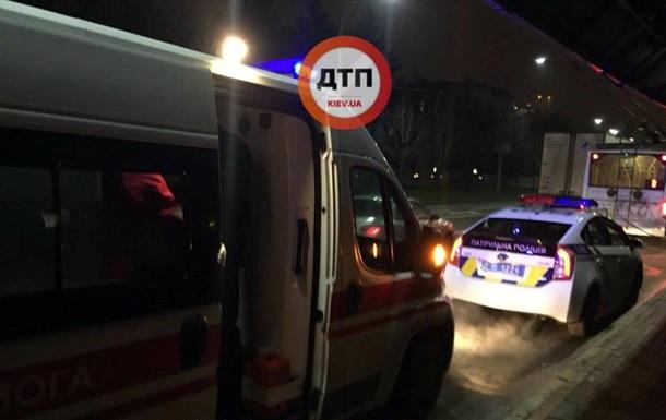 В Киеве кавказцы избили парня за просьбу не ездить по тротуарам