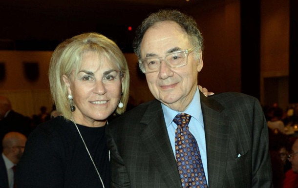Канадський мільярдер і його дружина знайдені мертвими в Торонто