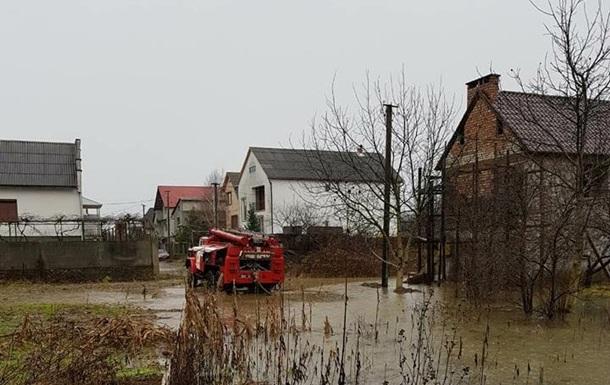 ГСЧС: Ситуация на Закарпатье стабилизировалась