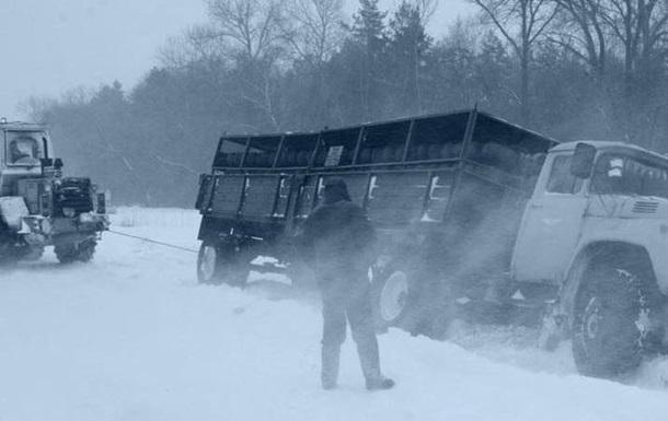 У Києві продовжили обмеження на в їзд вантажівок