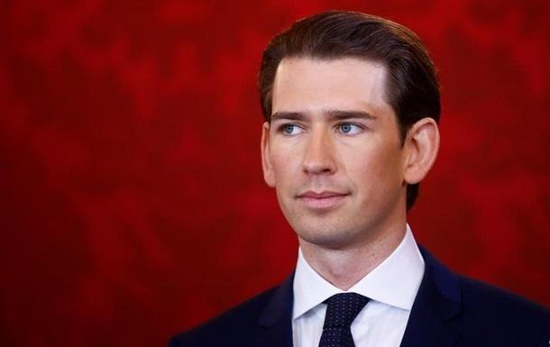 Курц очолив уряд Австрії, правопопуліст Штрахе став віце-канцлером