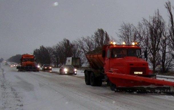 Рух вантажівок обмежено в двох областях