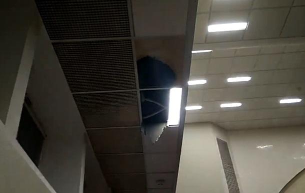 У Київраді завалилася стеля прямо під час засідання