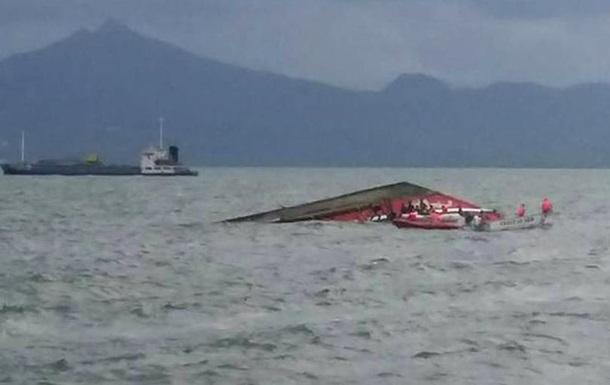 На Філіппінах затонув паром із 251 людиною на борту: є загиблі
