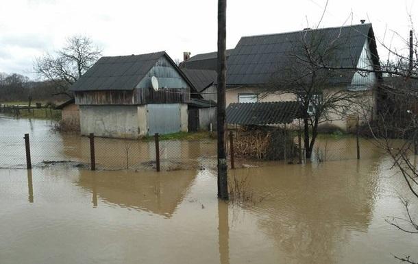 На Закарпатье остаются подтопленными 110 домохозяйств