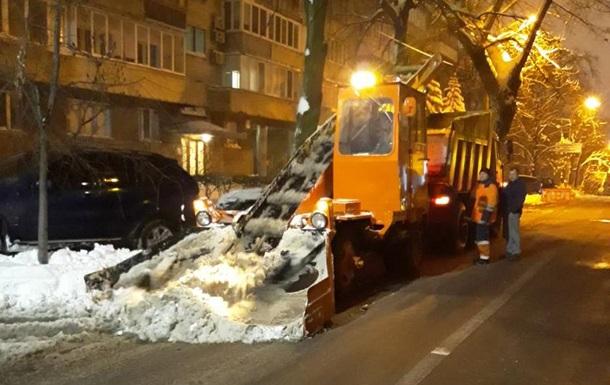 З вулиць столиці вивезли понад 12000 тонн снігу - Київавтодор