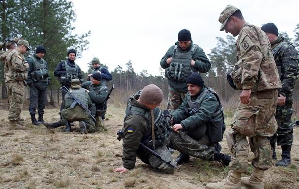 Порошенко внес в Раду закон о допуске иностранных военных в Украину