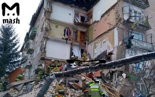 У РФ завалилася частина житлового будинку