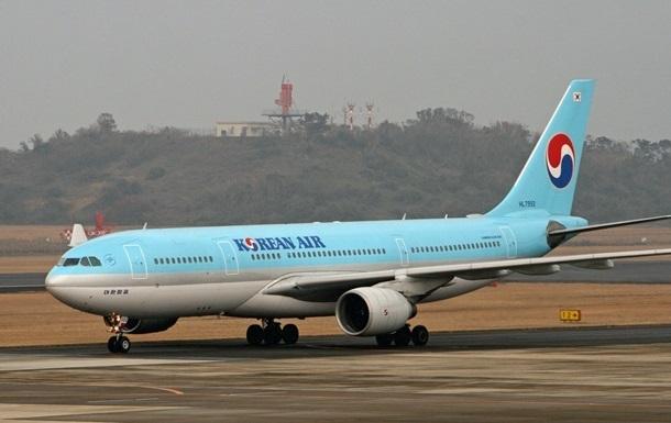 Американка померла в літаку по дорозі в Сеул