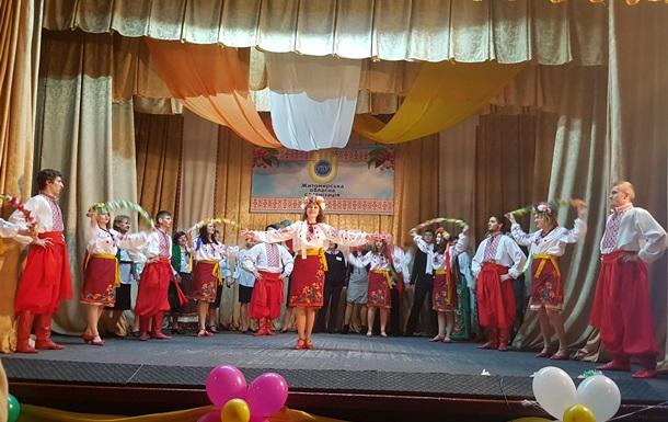 Максим Шкіль подарував стіл для пінг понгу нечуючим Житомирщини