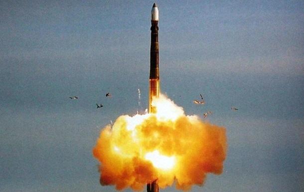 Россия испытала баллистическую ракету Тополь