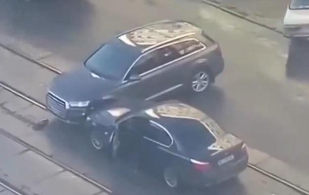 В Киеве из-за ДТП собралась пробка из трамваев