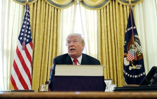 Трамп назвал фальшивкой досье о тайном сговоре с РФ