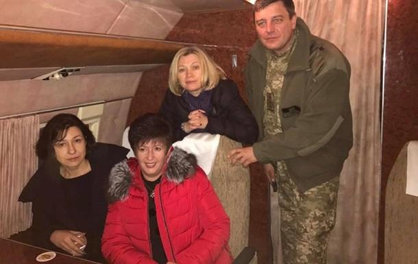 Українська група вилетіла на Донбас за полоненими