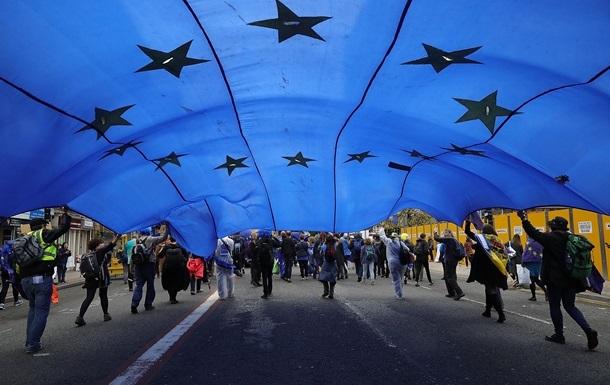 Безвізом скористалися майже 380 тисяч українців - ДПСУ