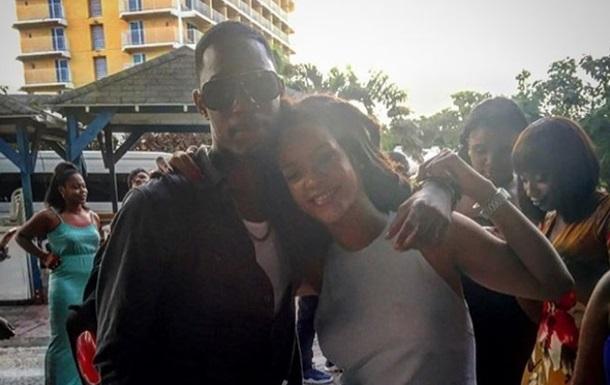 На Барбадосе застрелили 21-летнего брата Рианны
