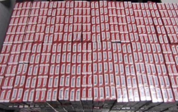 Два одессита пытались вывезти в Польшу сигарет на 25 тысяч евро
