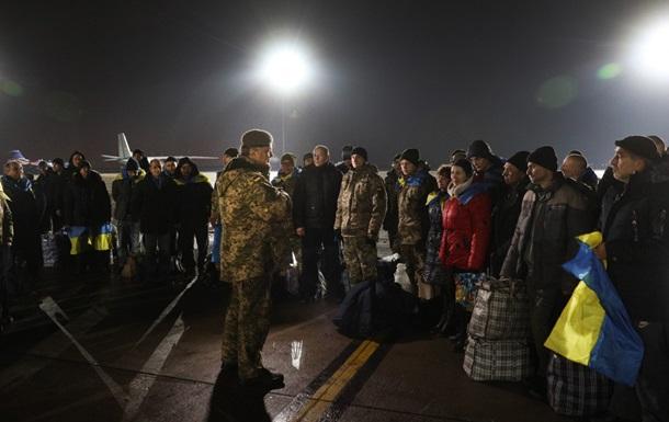 Украина вернет оставшихся заложников – Порошенко