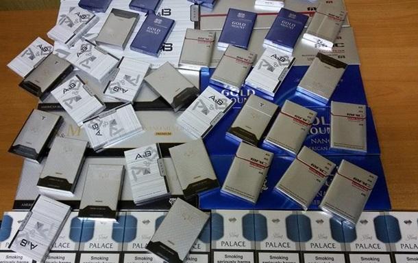 В Одесском порту налоговики изъяли крупную партию контрабандных сигарет