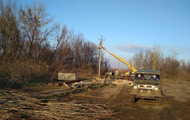 В Травневому і Гладосовому відновили електропостачання