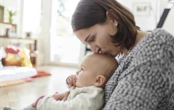Матерів-одиначок в Україні стало більше в 22 рази - Мінсоцполітики