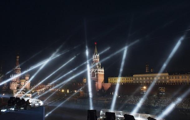 В Москве возле Красной площади открыли стрельбу