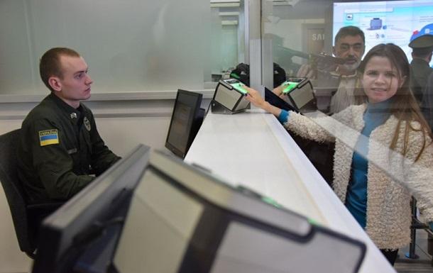 Биоконтроль на границе прошли уже 2000 иностранцев