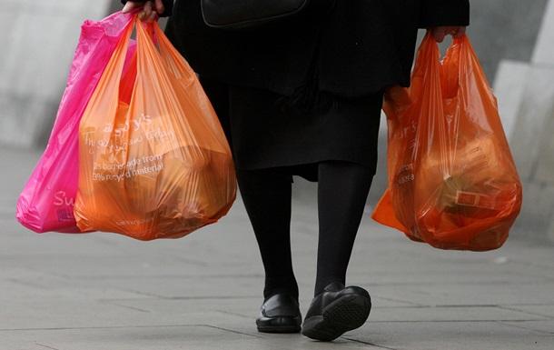 Греция ввела налог на пластиковые пакеты