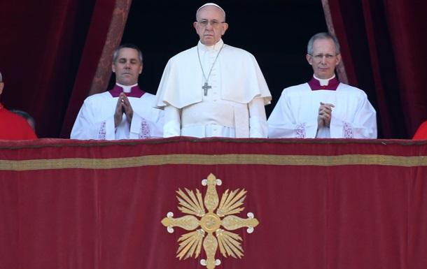 Папа Римский призвал мир принимать больше беженцев