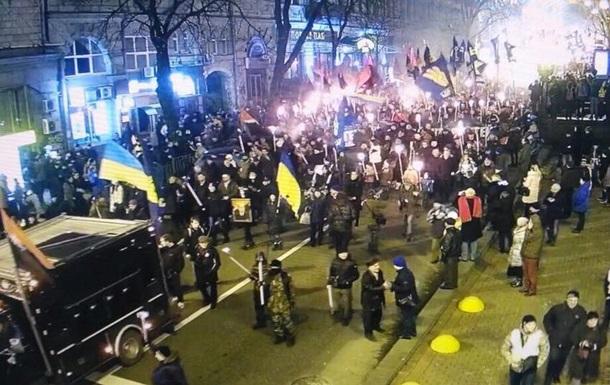 Поліція: Смолоскипні марші відбулися без пригод